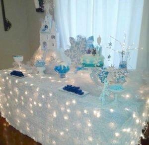 Decoração de festa infantil frozen - iluminação lúdica